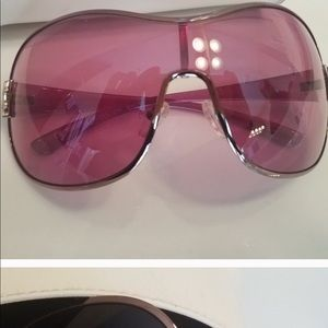YSL pink Sunglasses. Excellent condition.